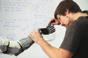 Progettista Specialista di Organi Artificiali e Protesi