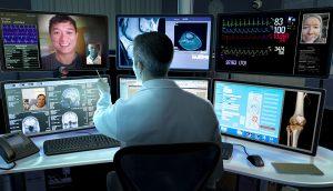Medico con pazienti in remoto grazie alla telemedicina